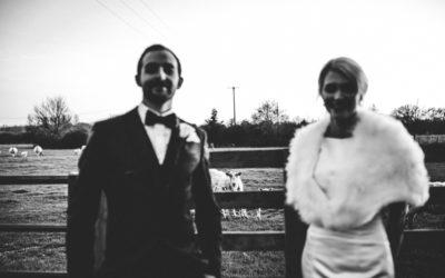 The Tythe Barn, Launton: a glamorous evening wedding.